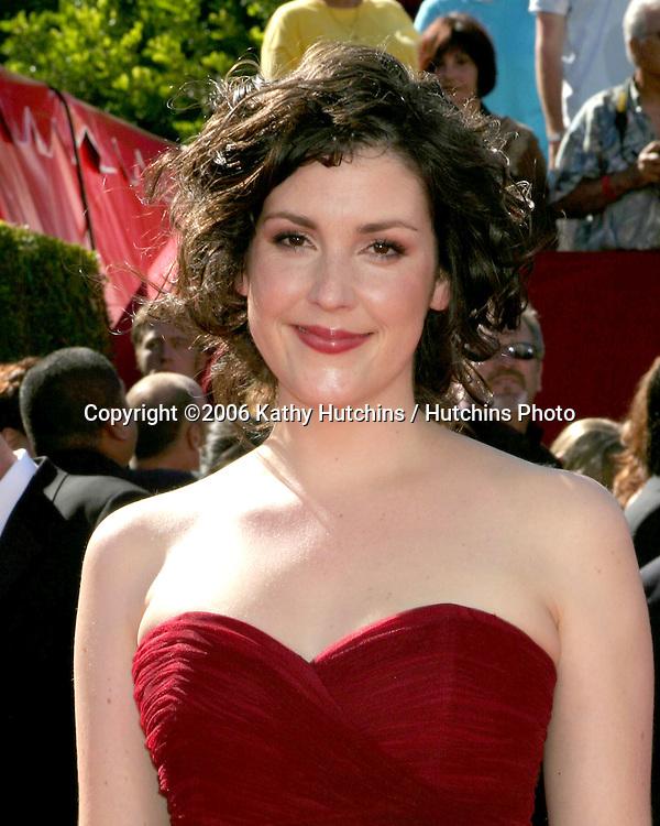 Melanie Lynskey.58th Primetime Emmy Awards.Shrine Auditorium.Los Angeles, CA.August 27, 2006.©2006 Kathy Hutchins / Hutchins Photo....                 i
