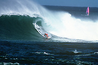 GARY 'KONG' ELKERTON (AUS) surfing at Sunset Beach, North Shore, Hawaii in Decemebr 1989.   Photo: joliphotos.com