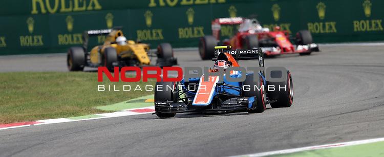02.09.-04.09.2016, Autodromo Nationale, Monza, ITA, F1, Grosser Preis von Italien, Monza,  Race 14, im Bild <br /> Esteban Ocon (FRA#31), Manor Racing MRT, Sebastian Vettel (GER#5), Scuderia Ferrari, Kevin Magnussen (DEN#20) Renault Sport F1 Team<br /> <br /> <br /> Foto &copy; nordphoto / Bratic