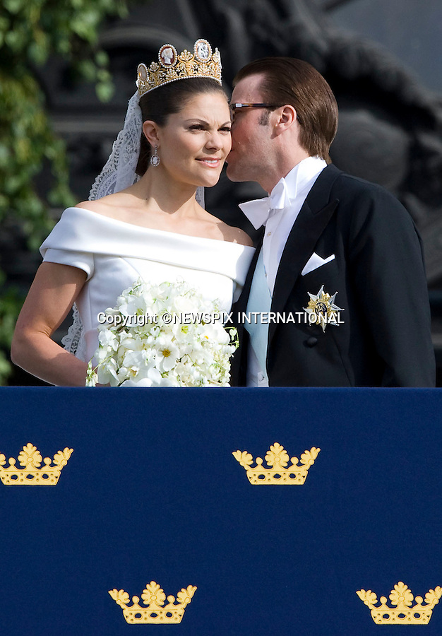 "PRINCESS VICTORIA AND PRINCE DANIEL (Duke of Västergötland) WEDDING.The Royal couple appeared on the Lejonbacken Terrace of the Royal place to greet approximately 500 thousands members of the public in the Swedish capital of Stockholm. The newlywed royal couple were also watched on by members of royal families from around the world_Royal Palace, Stockholm_19/062010.Mandatory Credit Photo: ©DIAS-NEWSPIX INTERNATIONAL..**ALL FEES PAYABLE TO: ""NEWSPIX INTERNATIONAL""**..IMMEDIATE CONFIRMATION OF USAGE REQUIRED:.Newspix International, 31 Chinnery Hill, Bishop's Stortford, ENGLAND CM23 3PS.Tel:+441279 324672  ; Fax: +441279656877.Mobile:  07775681153.e-mail: info@newspixinternational.co.uk"