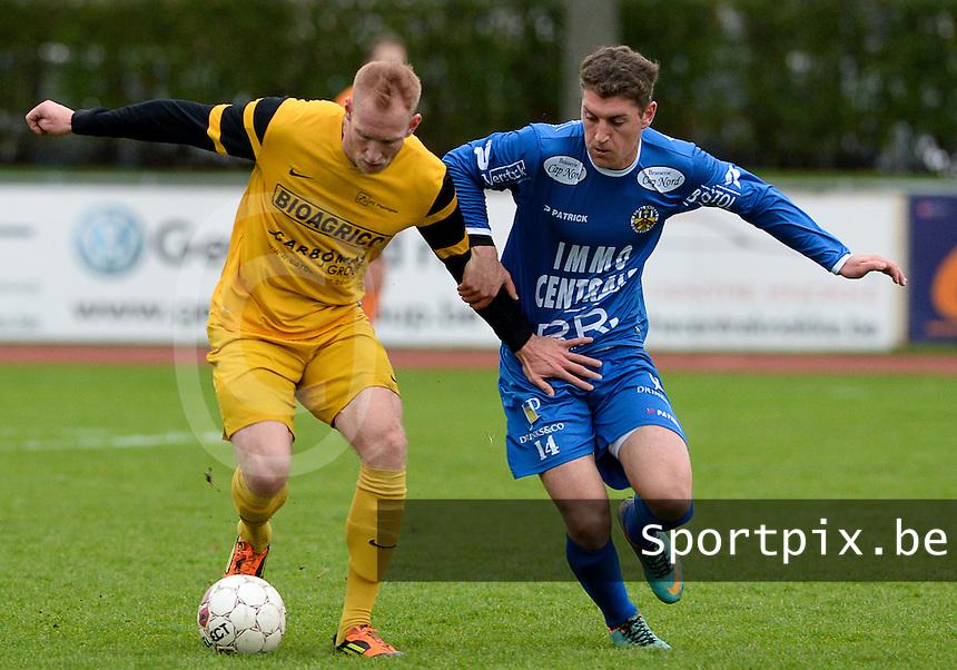 R Knokke FC - Pepingen : duel tussen Simon Savaete (r) en Sebastien Lheureux (links) <br /> Foto VDB / Bart Vandenbroucke