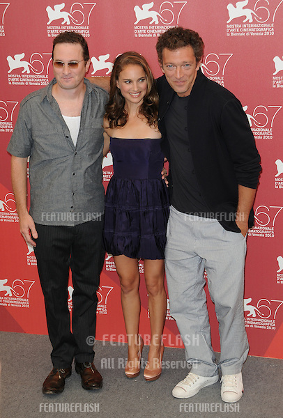 Darren Aronofsky, Natalie Portman and Vincent Cassel at the Black Swan photocall during the 67th annual Venice Film Festival..September 1, 2010  Venice, IT.Picture: Anne-Marie Michel / Featureflash