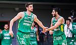 S&ouml;dert&auml;lje 2015-01-17 Basket Basketligan S&ouml;dert&auml;lje Kings - Bor&aring;s Basket :  <br /> S&ouml;dert&auml;lje Kings Darko Jukic gratuleras av lagkamrat Mike Joseph efter att ha gjort po&auml;ng under matchen mellan S&ouml;dert&auml;lje Kings och Bor&aring;s Basket <br /> (Foto: Kenta J&ouml;nsson) Nyckelord:  Basket Basketligan S&ouml;dert&auml;lje Kings SBBK T&auml;ljehallen Bor&aring;s jubel gl&auml;dje lycka glad happy
