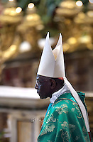 Cardinal Robert Sarah,Pope Francis during  mass for the opening of the synod on the family on October 4, 2015