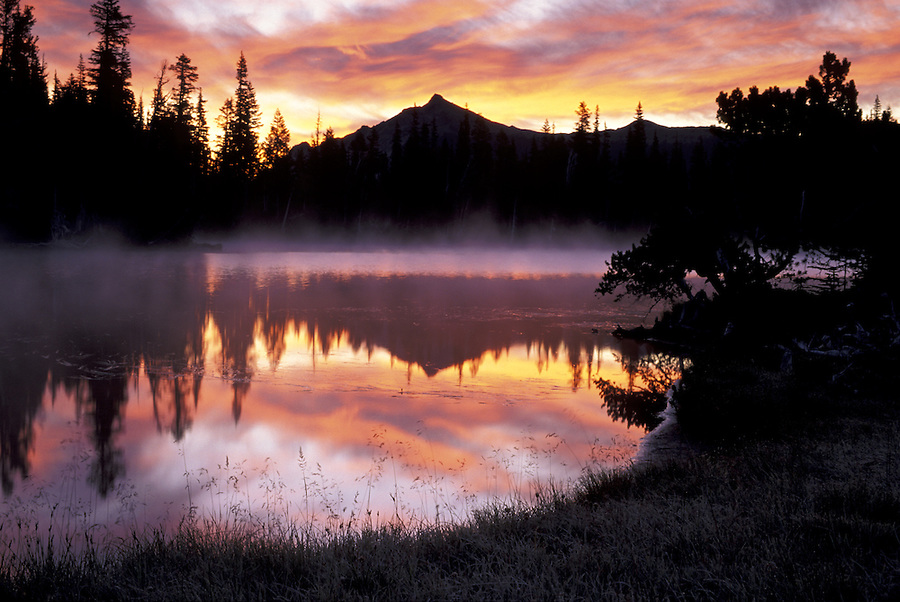 Sunrise over Mystic Lake, Mount Rainier National Park, Washington