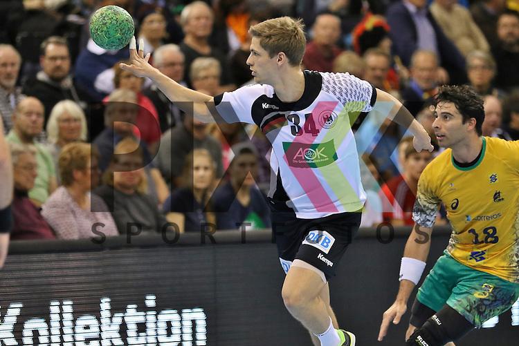 Flensburg, 06.11.15, Sport, Handball Supercup 2015, Deutschland-Brasilien : Rune Dahmke (Deutschland, #34)<br /> <br /> Foto &copy; PIX-Sportfotos *** Foto ist honorarpflichtig! *** Auf Anfrage in hoeherer Qualitaet/Aufloesung. Belegexemplar erbeten. Veroeffentlichung ausschliesslich fuer journalistisch-publizistische Zwecke. For editorial use only.