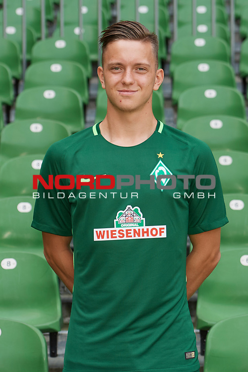 Fu&szlig;ball, GER, /3.Liga, Portr&auml;ttermin 2017/2018,<br /> <br /> Jannes Vollert (Werder Bremen U23 #26)<br /> <br /> Foto &copy; nordphoto / Kokenge