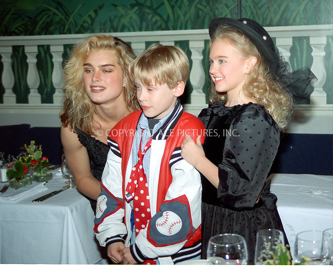 WWW.ACEPIXS.COM *** NO U.K. NEWSPAPERS SALES ***....NEW YORK, CIRCA 1995: BROOKE SHIELDS, MACAULEY CULKIN....Please byline: R. BOCKLET-ACE PICTURES.   ..  ***  ..Ace Pictures, Inc:  ..contact: Alecsey Boldeskul (646) 267-6913 ..Philip Vaughan (646) 769-0430..e-mail: info@acepixs.com