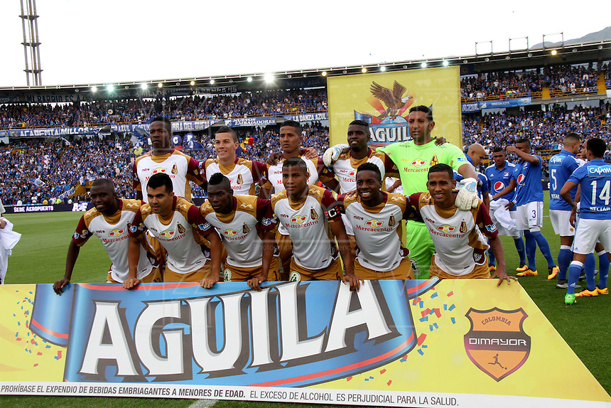 BOGOTÁ -COLOMBIA-28-02-2016. Formación del Tolima contra Millonarios durante partido por la fecha 7 de Liga Águila I 2016 jugado en el estadio Nemesio Camacho El Campin de Bogotá./ Team  of Tolima against of Millonarios  during the match for the date 7 of the Aguila League I 2016 played at Nemesio Camacho El Campin stadium in Bogota. Photo: VizzorImage / Felipe Caicedo / Staff