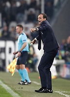 Football Soccer: UEFA Champions League Juventus vs Sporting Clube de Portugal, Allianz Stadium. Turin, Italy, October 18, 2017. <br /> Juventus' coach Massimiliano Allegri speaks to his players during the Uefa Champions League football soccer match between Juventus and Sporting Clube de Portugal at Allianz Stadium in Turin, October 18, 2017.<br /> UPDATE IMAGES PRESS/Isabella Bonotto