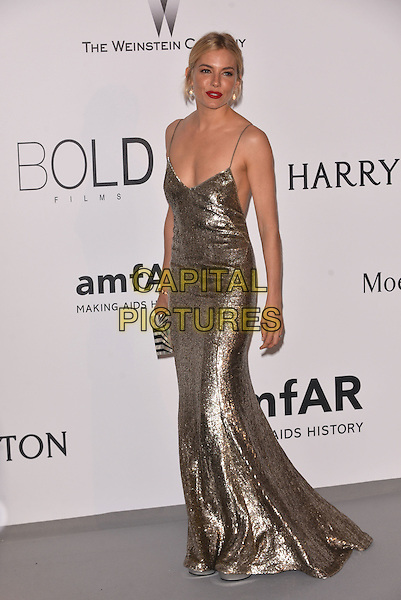 Sienna Miller - arrivals at amfAR&rsquo;s Cinema Agains Aids Gala at Hotel du Cap, Antibes during the Cannes Film Festival on May 21, 2015 in Cap d'Antibes, France.<br /> CAP/PL<br /> &copy;Phil Loftus/Capital Pictures