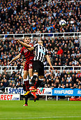 1st October 2017, St James Park, Newcastle upon Tyne, England; EPL Premier League football, Newcastle United versus Liverpool; Jordan Henderson of Liverpool and Ayoze P?rez of Newcastle United compete for a header in the 1-1 draw