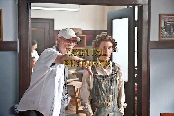 MICK JACKSON (DIRECTOR) & CLAIRE DANES.on the set of Temple Grandin .*Filmstill - Editorial Use Only*.CAP/FB.Supplied by Capital Pictures.