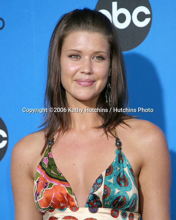 Sarah Lancaster.ABC Television Group TCA Party.Kids Space Museum.Pasadena, CA.July 19, 2006.©2006 Kathy Hutchins / Hutchins Photo....