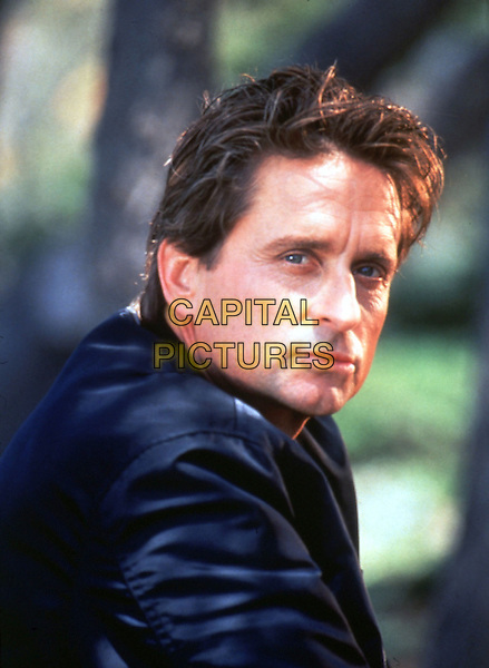 MICHAEL DOUGLAS.in Basic Instinct (1992).*Filmstill - Editorial Use Only*.CAP/STF/KHE.Supplied by Capital Pictures.