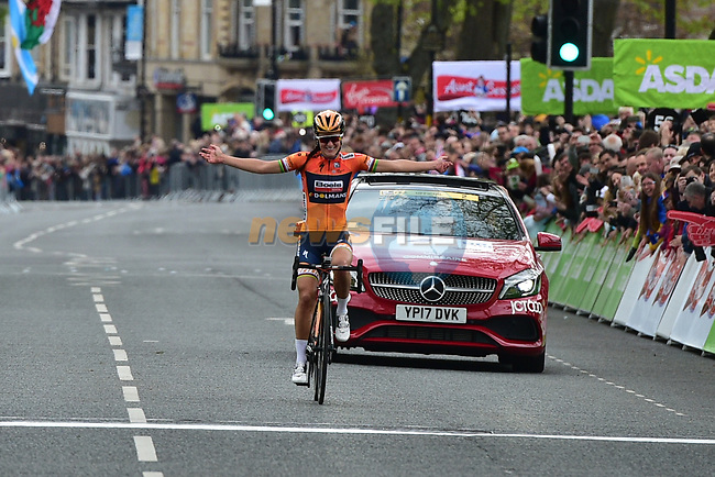 Elizabeth Deignan (ENG) Boels Dolmans wins solo the ASDA Women's Tour de Yorkshire 2017 running 122.5km from Tadcaster to Harrogate, England. 29th April 2017. <br /> Picture: ASO/P.Ballet | Cyclefile<br /> <br /> <br /> All photos usage must carry mandatory copyright credit (&copy; Cyclefile | ASO/P.Ballet)