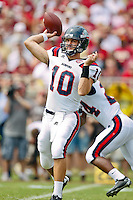 September 04, 2010:    Samford Bulldogs quarterback Dustin Taliaferro (10) pass during first half action between the Florida State Seminoles and the Samford Bulldogs at Doak Campbell Stadium in Tallahassee, Florida. Florida State defeated Samford 59-6.