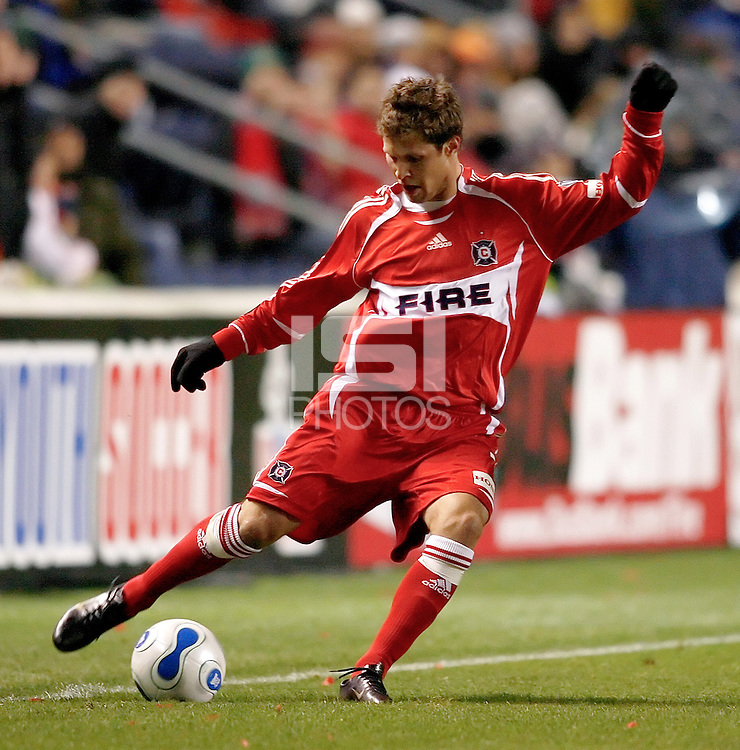 Chicago Fire defender Logan Pause (7) sends in a cross.  The Chicago Fire defeated the New England Revolution 1-0 at Toyota Park in Bridgeview, IL on April 7, 2007.