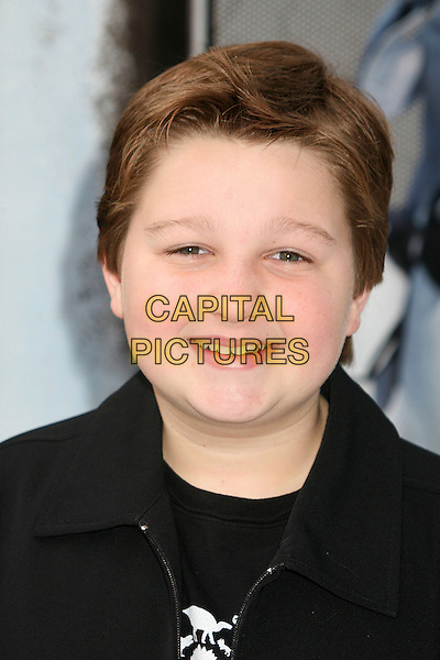 """ANGUS T. JONES.World Premiere of """"Happy Feet"""" at Grauman's Chinese Theatre, Hollywood, California, USA..November 12th, 2006.Ref: ADM/BP.headshot portrait .www.capitalpictures.com.sales@capitalpictures.com.©Byron Purvis/AdMedia/Capital Pictures."""