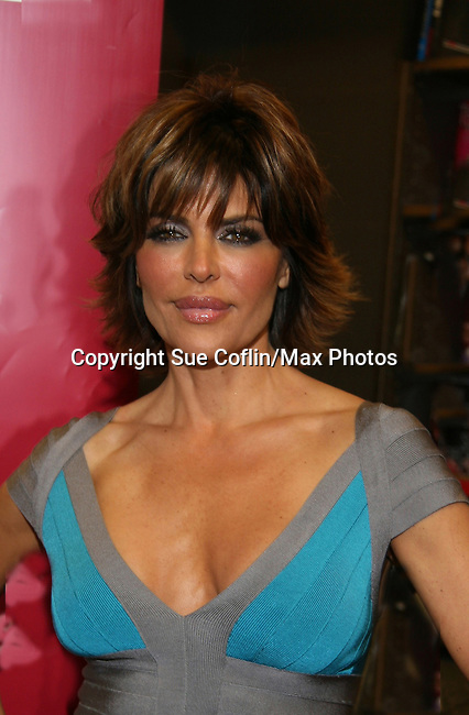 Lisa Rinna new book Rinnavation - Getting Your Best Life Ever debuts today, May 19. 2009 at Borders at Columbus Circle, New York City, New York. (Photo by Sue Coflin/Max Photos)
