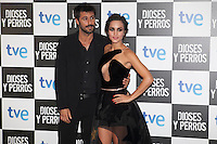 Actor Hugo Silva and Megan Montaner pose at `Dioses y perros´ film premiere photocall in Madrid, Spain. October 07, 2014. (ALTERPHOTOS/Victor Blanco) /nortephoto.com