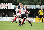 2015-10-18 / Voetbal / Seizoen 2015-2016 / Vlimmeren - White Star / Erwin van Dooren (l. Vlimmeren) met Guy Geudens<br /><br />Foto: Mpics.be