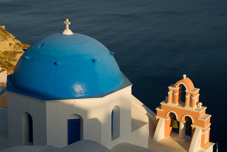 There are more than 250 churches and monasteries on the Island of Santorini. The Churches in Oia and Fira with their blue domes and white crosses typify the religious spirit of the locals and the traditional architecture that makes the island so special.