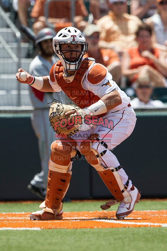 Texas Longhorns catcher Tres Barrera (1) prepares to throw the ball during the NCAA Super Regional baseball game against the Houston Cougars on June 7, 2014 at UFCU Disch–Falk Field in Austin, Texas. The Longhorns are headed to the College World Series after they defeated the Cougars 4-0 in Game 2 of the NCAA Super Regional. (Andrew Woolley/Four Seam Images)