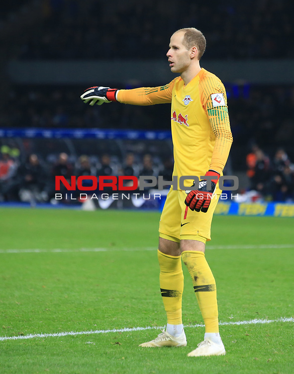03.11.2018, OLympiastadion, Berlin, GER, DFL, 1.FBL, Hertha BSC VS. RB Leipzig, <br /> DFL  regulations prohibit any use of photographs as image sequences and/or quasi-video<br /> <br /> im Bild Peter Gulacsi (RB Leipzig #1)<br /> <br />       <br /> Foto &copy; nordphoto / Engler