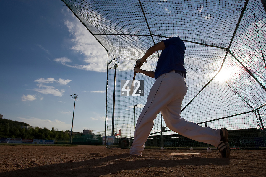 BASEBALL - GREEN ROLLER PARK - PRAGUE (CZECH REPUBLIC) - 23/06/2008 - PHOTO: CHRISTOPHE ELISE.BATTING CAGE (TEAM FRANCE)