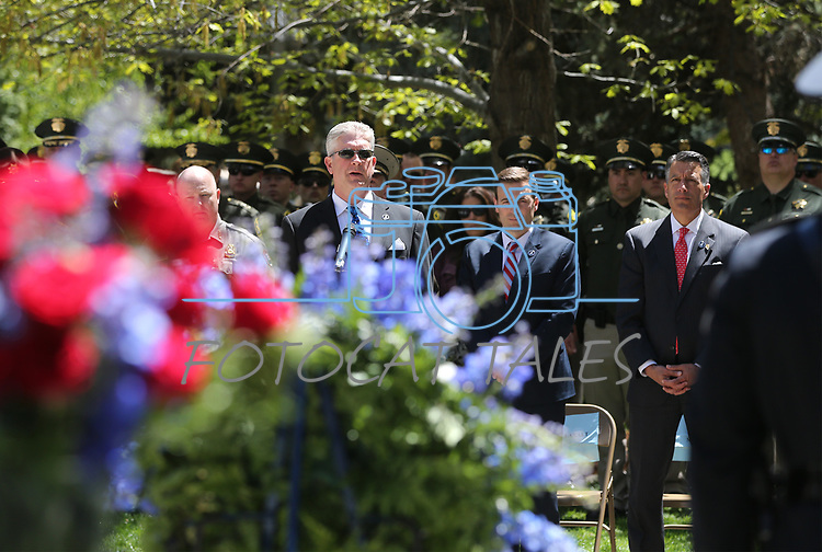 Shawn Mahan sings at the 21st annual Nevada State Law Enforcement Officers Memorial ceremony in Carson City, Nev., on Thursday, May 3, 2018. <br /> Photo by Cathleen Allison/Nevada Momentum