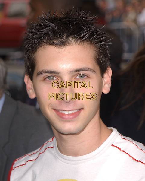 "JUSTIN BERFIELD.The Warner Brothers' World Premiere of ""Polar Express"" held at The Graumann's Chinese Theatre in Hollywood, California on .November 7th, 2004.headshot, portrait.www.capitalpictures.com.sales@capitalpictures.com.©Debbie Van Story/Capital Pictures"