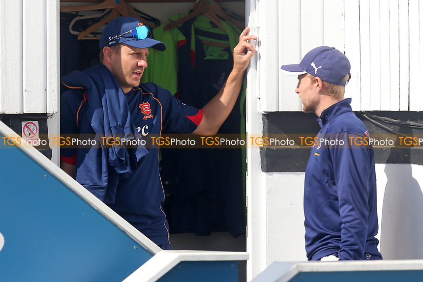 Neil Wagner of Essex (L) in conversation with Joe Root of Essex during Essex CCC vs Yorkshire CCC, Specsavers County Championship Division 1 Cricket at The Cloudfm County Ground on 4th May 2018