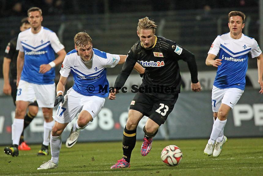 Sebastian Polter (Union) gegen Hanno Behrens (SV98) - SV Darmstadt 98 vs. 1. FC Union Berlin, Stadion am Boellenfalltor