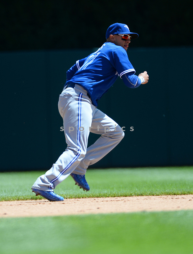 Toronto Blue Jays Ryan Goins (17) during a game against the Detroit Tigers on June 8, 2016 at Comerica Park in Detroit MI. The Blue Jays beat the Tigers 7-2.