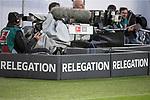 17.05.2018, Volkswagen Arena, Wolfsburg, GER, 1. Bundesliga, VfL Wolfsburg, Relegation, VfL Wolfsburg vs. Holstein Kiel, im Bild Kameramann beim Relegationsspiel<br /> <br /> Foto &copy; nordphoto / Dominique Leppin