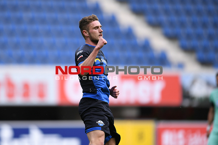 Jubel ueber das 1:1 durch Torschuetze Dennis Srbeny (SC Paderborn).<br /><br />Sport: nph000251 Fussball: 1. Bundesliga: Saison 19/20: 27. Spieltag: SC Paderborn - TSG 1899 Hoffenheim, 23.05.2020<br /><br />Foto: Edith Geuppert/GES /Pool / Rauch / nordphoto <br /><br />DFL regulations prohibit any use of photographs as image sequences and/or quasi-video.<br /><br />Editorial use only!<br /><br />National and international news-agencies out.