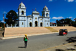 Nicaragua / Masatepe / Church / Tourist / Three Wheel Taxi