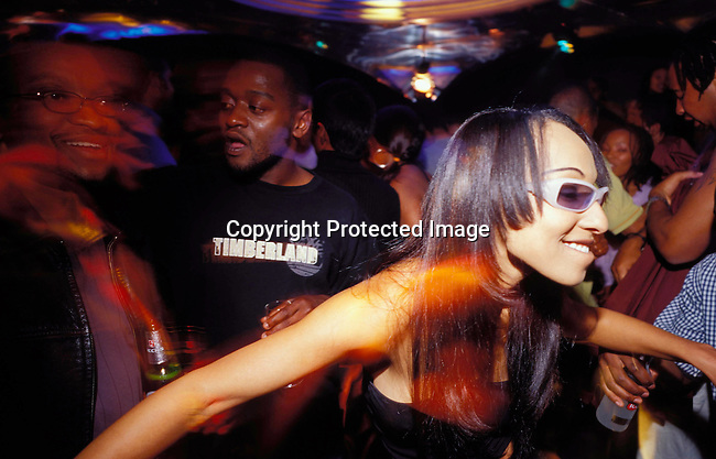 dippnig00090 Nightlife JOHANNESBURG, SOUTH AFRICA - : Unidentified people dancing and partying at a  club in Johannesburg, South Africa. Teenagers.©Per-Anders Pettersson/iAfrika Photos