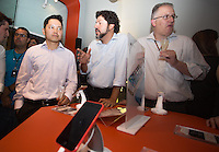 SAO PAULO, SP. 04.02.2014. LANCAMENTO IPHONE - NEXTEL. Coquetel de lançamento do iPhone na loja da Nextel, no shopping Ibirapuera (foto: Adriana Spaca/ Brazil Photo Press)