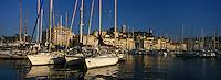 Europe/France/Provence-Alpes-Côtes d'Azur/06/Alpes-Maritimes/Cannes : Le port et le Suquet