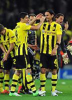 FUSSBALL   CHAMPIONS LEAGUE   SAISON 2012/2013   GRUPPENPHASE   Borussia Dortmund - Ajax Amsterdam                            18.09.2012 Robert Lewandowski und Neven Subotic (v.l., beide Borussia Dortmund) nach dem Abpfiff