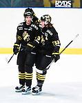 Stockholm 2015-09-30 Ishockey Hockeyallsvenskan AIK - Leksands IF :  <br /> AIK:s Markus Lauridsen  firar sitt 1-0 m&aring;l under matchen mellan AIK och Leksands IF <br /> (Foto: Kenta J&ouml;nsson) Nyckelord:  AIK Gnaget Hockeyallsvenskan Allsvenskan Hovet Johanneshov Isstadion Leksand LIF jubel gl&auml;dje lycka glad happy