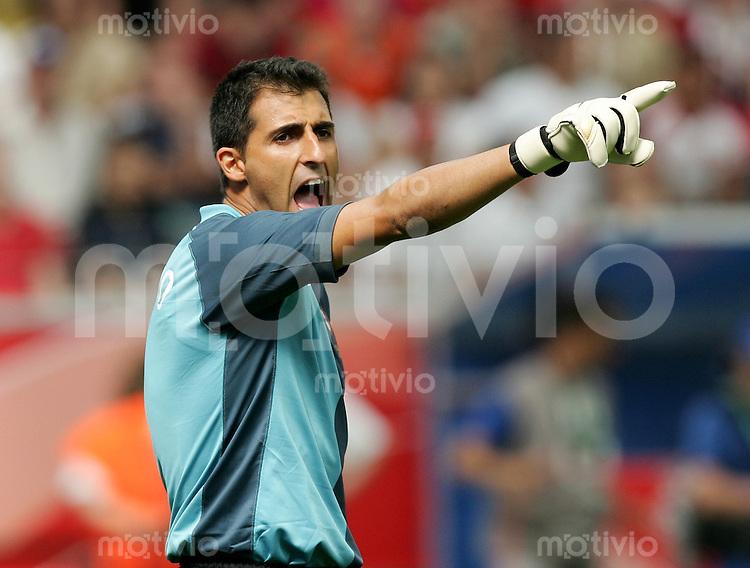 Fussball WM 2006  Gruppenspiel  Vorrunde  Gruppe D Spiel 24 Portugal - Iran  Torhueter RICARDO (POR) gestikulierend.