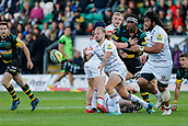 9th September 2017, Franklins Gardens, Northampton, England; Aviva Premiership Rugby, Northampton Saints versus Leicester Tigers; Sam Harrison of Leicester Tigers spins a pass