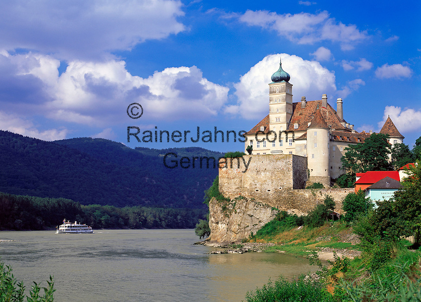 Austria, Lower Austria, Wachau, Excursion ship passing castle Schoenbuehel at the Danube