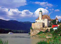 Austria, Lower Austria, Wachau, Excursion ship passing castle Schoenbuehel at the Danube