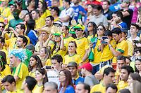 BELO HORIZONTE, MG, 26 JUNHO 2013 - COPA DAS CONFEDERACOES -  BRASIL X URUGUAI -  Torcedores da Seleção Brasileira antes da partida contra o Uruguai, jogo válido pelas Semi-finais da competição, no Estadio Mineirao em Belo Horizonte, Minas Gerais nesta Quarta, 26 (FOTO: NEREU JR / PHOTOPRESS).
