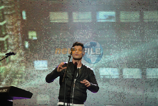 The Script at the 2008 Cheerios Childline Concert in the O2...Photo NEWSFILE/Jenny Matthews.(Photo credit should read Jenny Matthews/NEWSFILE)....This Picture has been sent you under the condtions enclosed by:.Newsfile Ltd..The Studio,.Millmount Abbey,.Drogheda,.Co Meath..Ireland..Tel: +353(0)41-9871240.Fax: +353(0)41-9871260.GSM: +353(0)86-2500958.email: pictures@newsfile.ie.www.newsfile.ie.FTP: 193.120.102.198.