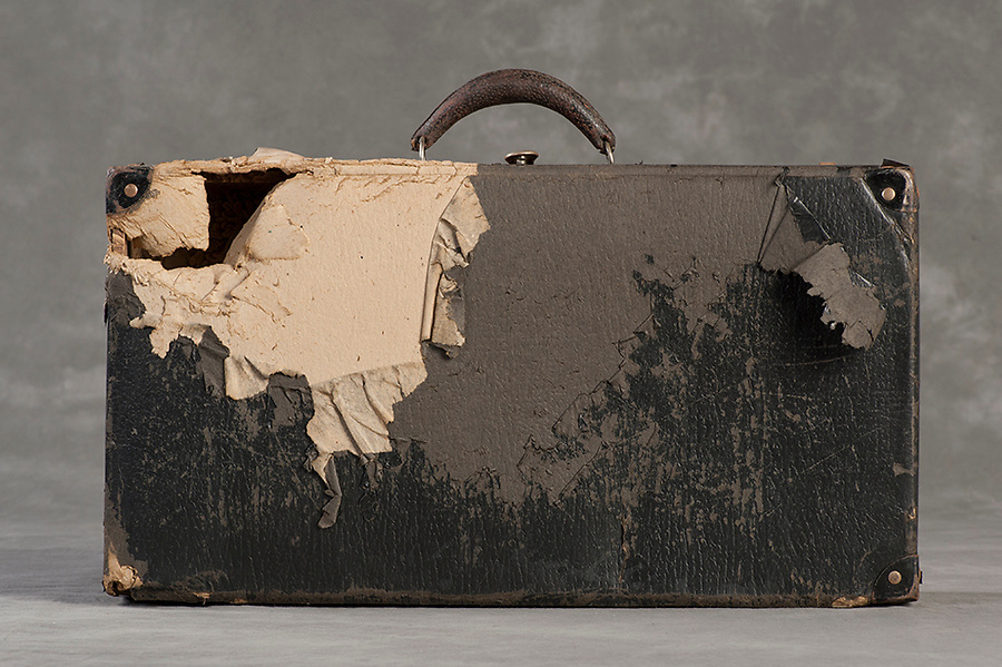 Willard Suitcases / Mathilda W / ©2014 Jon Crispin